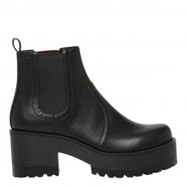 Eamon black chunky gusset boot from Lipstik Shoes.