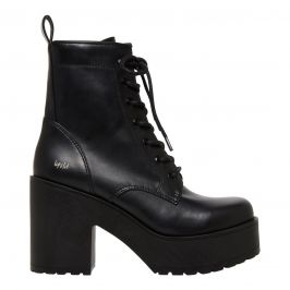 Women's black lace up boot with chunky heel