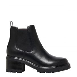 TOUCH BLACK BOOT